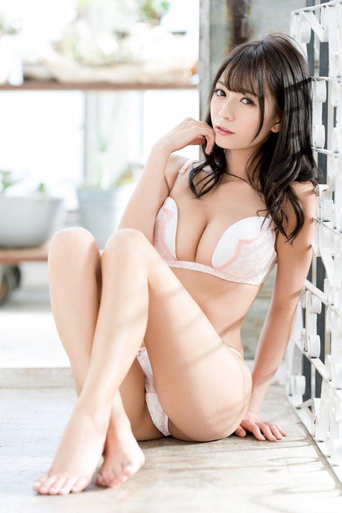 プレステージ専属女優【野々浦暖】